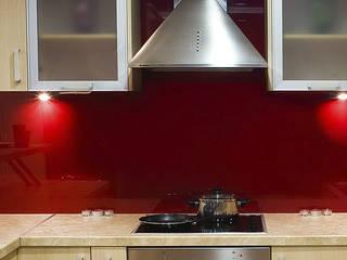 Кухонные фартуки из стекла - Скинали выкрашенные в один цвет - Производство лакобеля от Pavlin Art от Pavlin Art