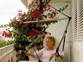 Ein Plädoyer für kleine Balkone und Terrassen! von CrazyChair Hängematten Modern