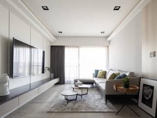 海華 城隅設計 现代客厅設計點子、靈感 & 圖片 White