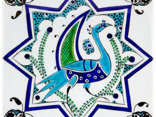 Carreaux en faïence d'Iznik par KaravaneSerail KaravaneSerail MaisonAccessoires & décoration Céramique Blanc