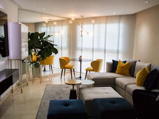 Modern dining room by Arq Renny Molina Modern