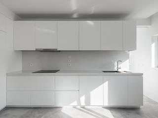 AP DR   Móveis e Carpintaria Veiga por Móveis e Carpintaria Veiga Moderno