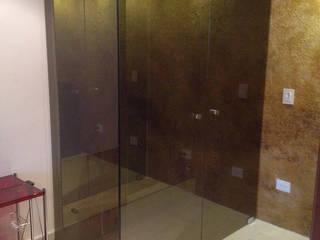 Casas de banho modernas por Vidrio Templado Popayán Vitem Ciudad Blanca Moderno