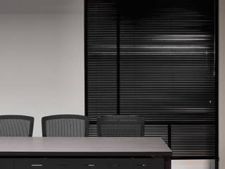 桃園辦公室 城隅設計 辦公室&店面 Grey