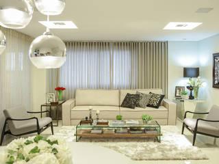 Sala de estar Integrada com Jantar Rubiana teixeira Barbosa ME Salas de estar modernas