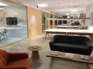 OFICINAS Estudios y despachos de estilo escandinavo de PROINFUS Escandinavo