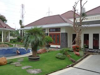 Tukang Taman Surabaya - Tianggadha-art Garden Pond Stone Multicolored