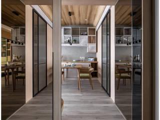 北歐輕工業現代宅 工業風的玄關、走廊與階梯 根據 築沃空間設計室內裝修工程有限公司 工業風