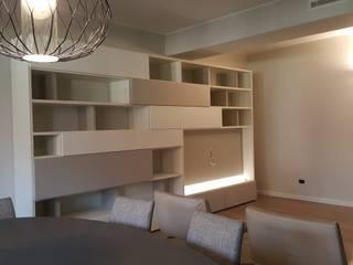 Appartamento moderno completo Soggiorno moderno di TREZZI INTERNI SNC DI TREZZI FAUSTO, FRANCESCO E DARIO Moderno