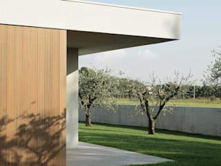 根據 Didonè Comacchio Architects 現代風