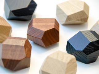 "Small solid wood ""sculptures"" for Vonsild de BARTOLI DESIGN Moderno"