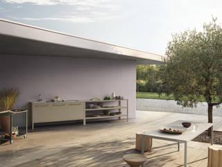 FRAME KITCHEN DA OGGI È ANCHE OUTDOOR Cucina moderna di Ghenos Communication Moderno