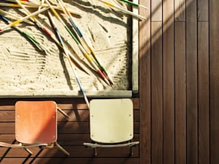 Modern Garden by Ghenos Communication Modern
