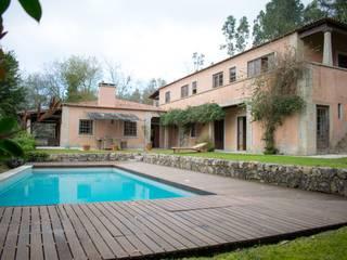 Casa de Campo Jardins campestres por Realfolio Estate Campestre