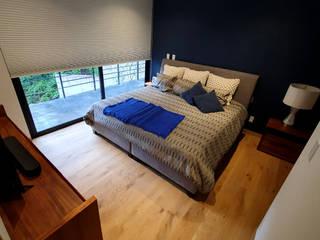 Maderas Finas Studio Kamar tidur kecil Kayu Wood effect