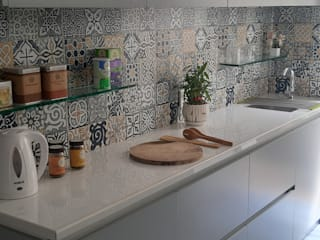 Kitchen Revamp Tropical style kitchen by DS DESIGN STUDIO Tropical