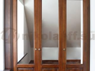 Элитный интерьер на Пятницкой Гардеробная в классическом стиле от Nikolaeff.su Классический