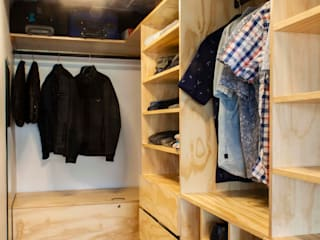 Minimalist dressing room by C+C | STUDIO Minimalist