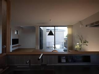 藤沢の家 北欧デザインの キッチン の 内田雄介設計室 北欧