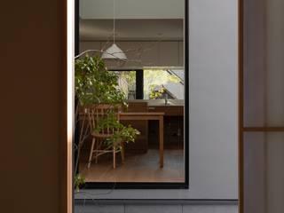 調布の家 北欧デザインの 多目的室 の 内田雄介設計室 北欧