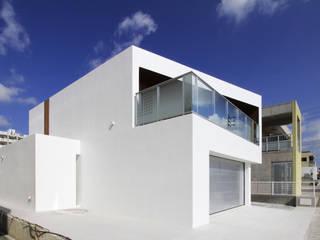 N-N house モダンな 家 の アーキデザインワークス一級建築士事務所 モダン