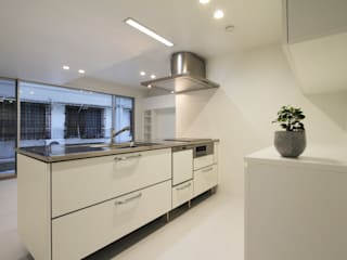 M-TO house モダンな キッチン の アーキデザインワークス一級建築士事務所 モダン