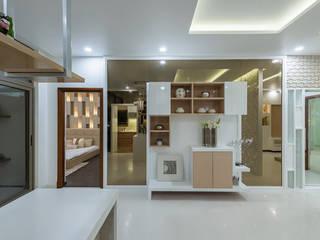 Sobha Indraprastha De Panache Hyderabad Modern corridor, hallway & stairs Glass White