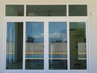 โรงงาน พัทยา กระจก ยูพีวีซี Pattaya UPVC Windows & Doors pintu geser Kaca White