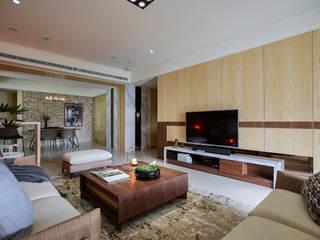 群築室內裝修設計有限公司 Salones de estilo ecléctico