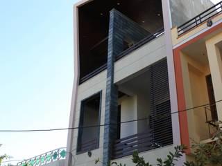 Envelope Residence Skywalk Designs Single family home