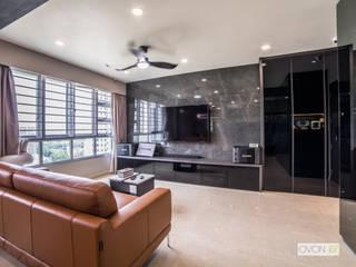 Toa Payoh Rise Ovon Design Modern living room