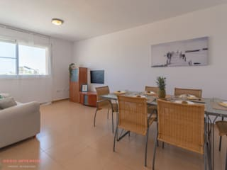 Home Staging Tarragona - Deco Interior Salas de jantar tropicais