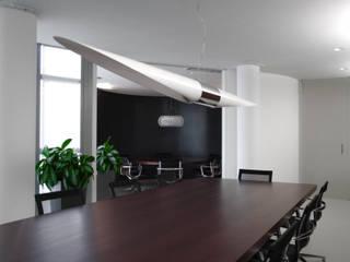 Uffici direzionali Complesso d'uffici moderni di 7047 Associati Moderno