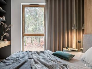 Mieszkanie przy lesie od MOLLIO Marcela Palowska Nowoczesny
