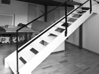 SCALA MINIMAL di Luigi Brenna Architetto Moderno