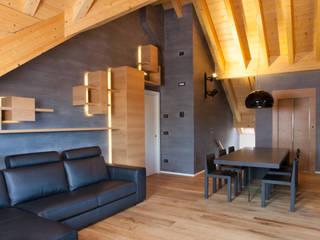 Casa di montagna P Soggiorno moderno di 7047 Associati Moderno