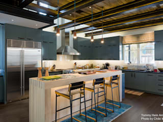 Modern kitchen by Chibi Moku Architectural Films Modern