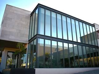 Ventanería Casas modernas de JAVAR Suministros Residenciales y Comerciales Moderno