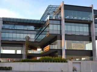 Fachadas Casas modernas de JAVAR Suministros Residenciales y Comerciales Moderno