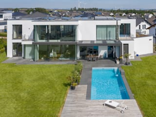 EFH mit Pool Moderne Pools von architekten wendling Modern