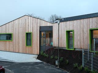 Ev. Kindergarten Regenbogenland | Umbau & Sanierung Moderne Schulen von architekten wendling Modern