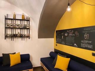 Studio Natural Diet Studio in stile industriale di Architetto Francesca Orefice Industrial