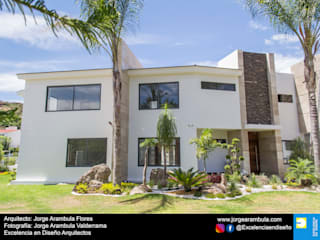 Excelencia en Diseño Single family home White