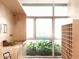 A City Preschool RSDS Architects Minimalist corridor, hallway & stairs