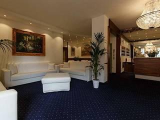 MT ILLUMINAZIONE SRL Hôtels classiques