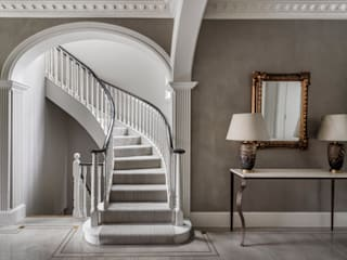 Carlton Hill: North West London Classic style corridor, hallway and stairs by Roselind Wilson Design Classic