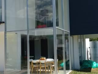 Ventanas y Fachadas en Aluminio de Aluminios CMC Moderno