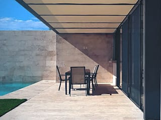 V+3 Arquitectos Single family home Metal Beige