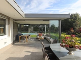 Jardin d'hiver moderne par Schmidinger Wintergärten, Fenster & Verglasungen Moderne