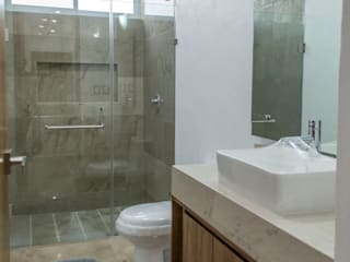 Excelencia en Diseño Baños de estilo moderno Mármol Beige